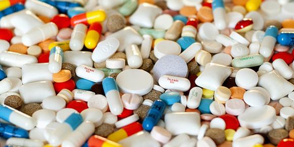Acheter ses médicaments en grande surface bientôt possible ?